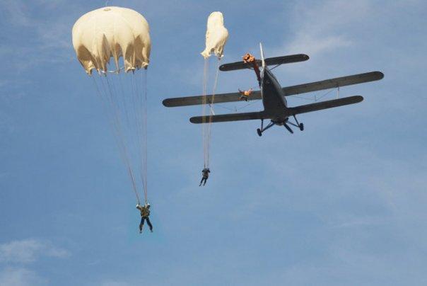 Самостоятельный прыжок с парашютом Д-1-5у