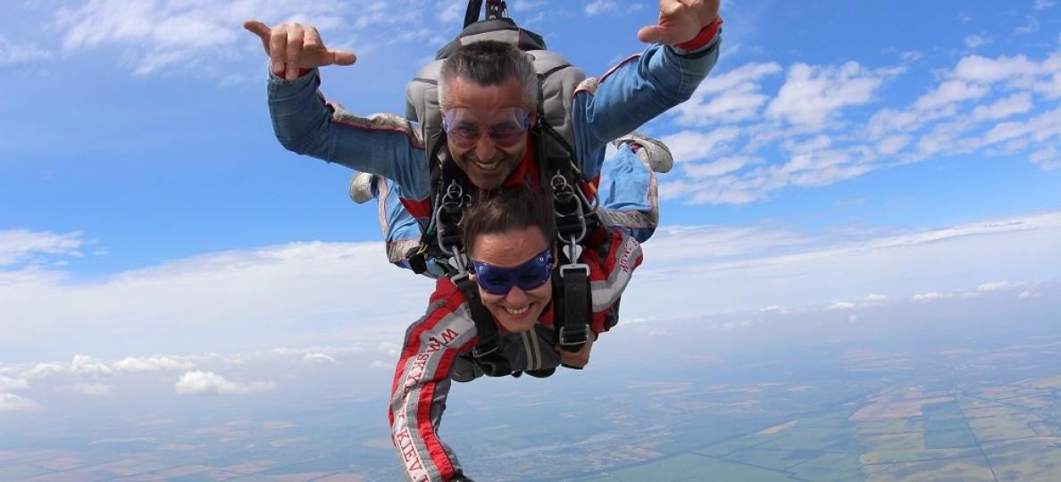 Инструктор по парашютному спорту