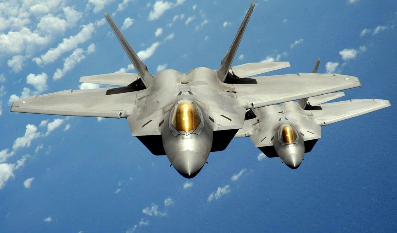 Полеты на F-22