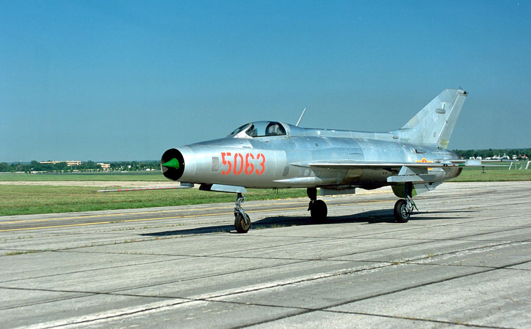 Полеты на МиГ-21